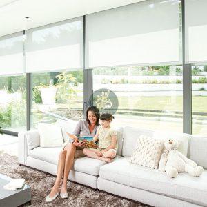 Rèm cuốn cửa sổ cho không gian gia đình