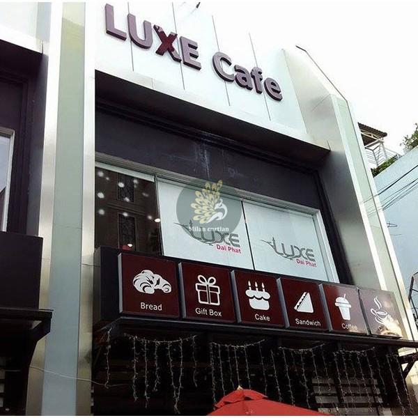 Rèm cuốn in tranh, in logo công ty, cửa hàng, quán cafe theo yêu cầu