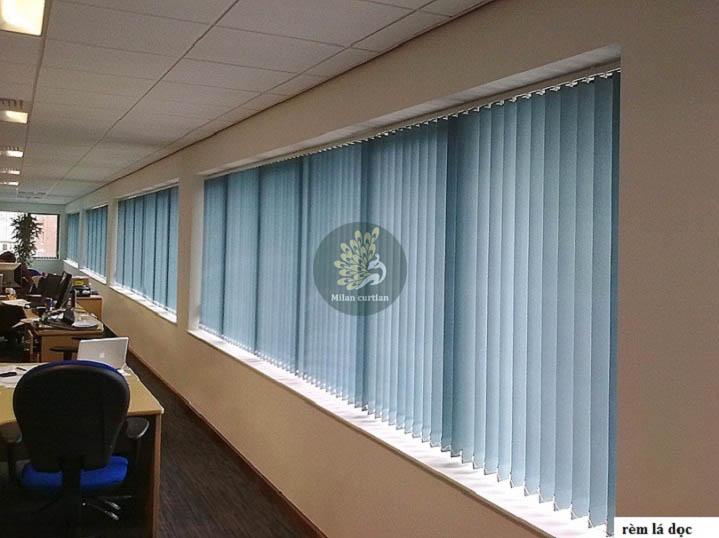 Làm thế nào để chọn được mẫu rèm cửa văn phòng làm việc phù hợp?